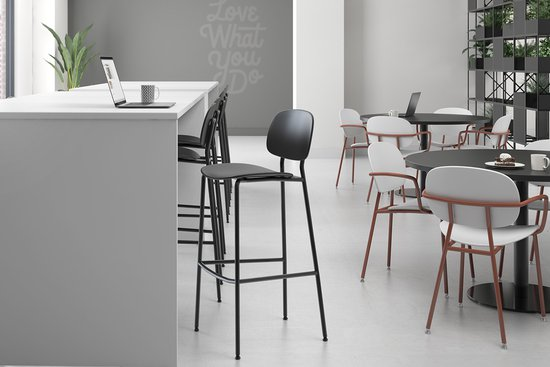 Bryn seating with Reef and Nosh tables