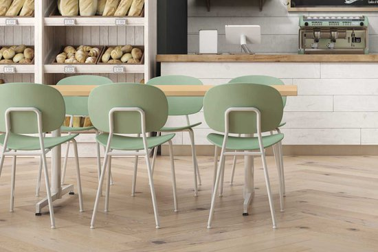 Bryn Chairs with Nosh Tables