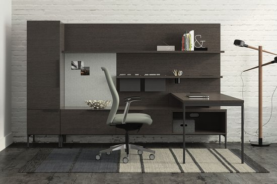 Flux private office with Proxy chair