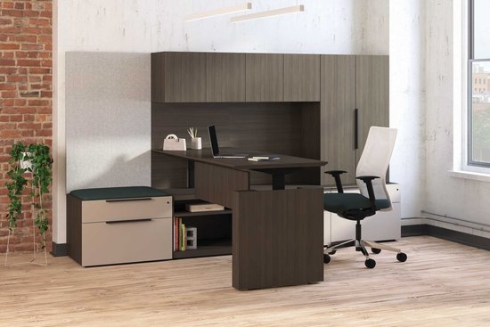 Flux adjustable height private office with Proxy