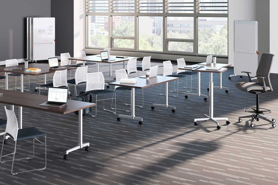 Learning – Lok cantilever base tables, podium and markerboards with Hoopz and Proxy